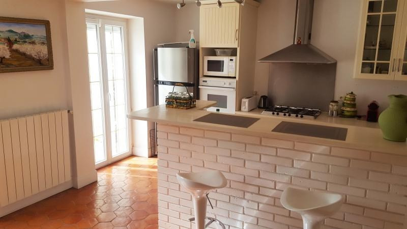 Sale house / villa Montfort l amaury 660 000€ - Picture 3