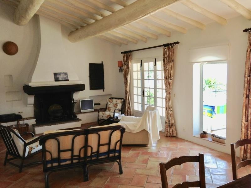 Location maison / villa Les issambres 1 627€ CC - Photo 3