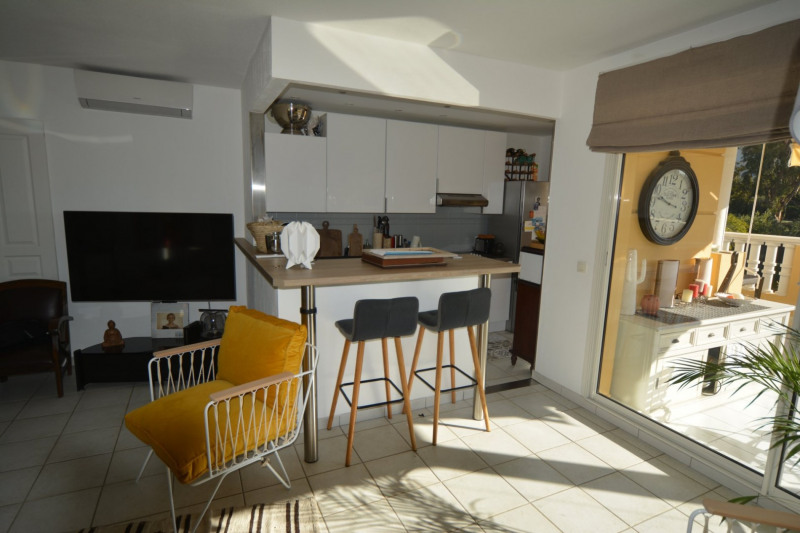 Sale apartment Antibes 338000€ - Picture 5