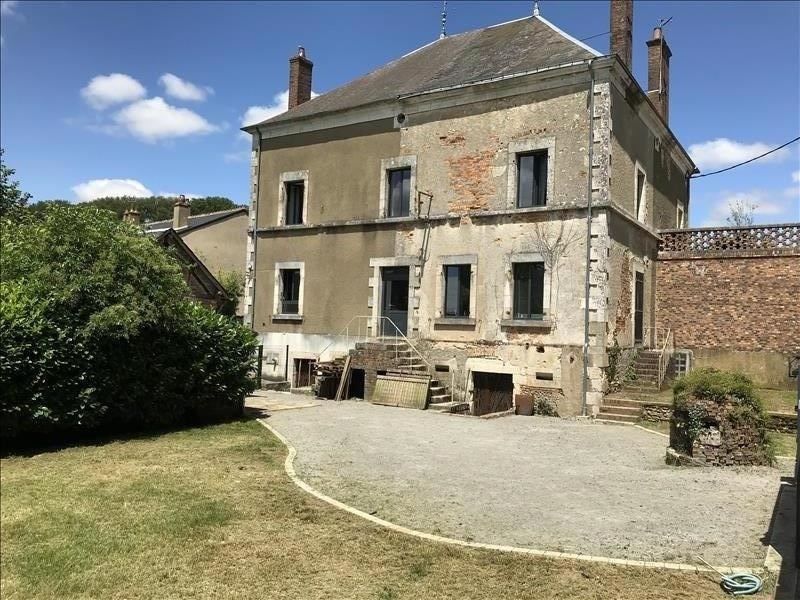 Sale house / villa Henrichemont 278 000€ - Picture 1