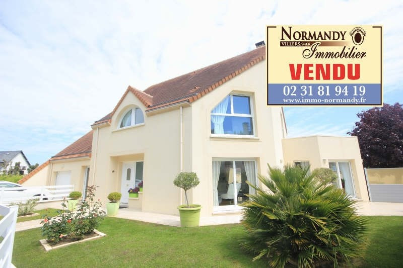 Deluxe sale house / villa Villers sur mer 682500€ - Picture 1
