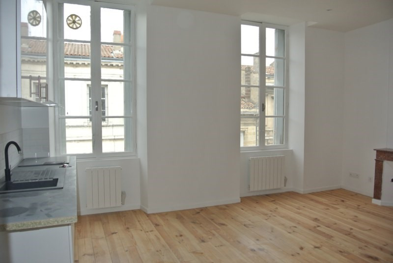 Vente appartement Bordeaux 231 000€ - Photo 2