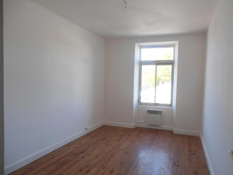 Location appartement Montreal la cluse 530€ CC - Photo 2