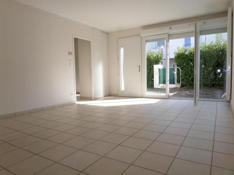 Location maison / villa Dijon 1060€ CC - Photo 2
