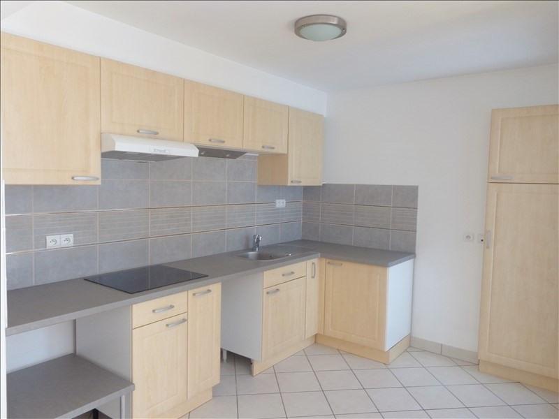 Rental apartment Rueil malmaison 1066€ CC - Picture 2