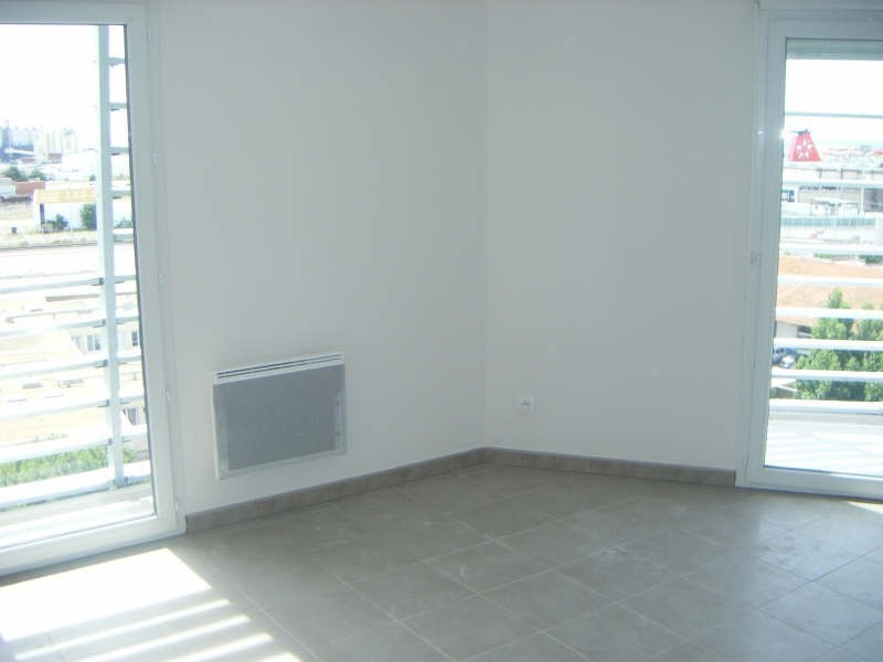 Location appartement Sete 510€ CC - Photo 1