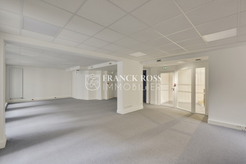 Rental office Paris 17ème 17 083€ HC - Picture 11