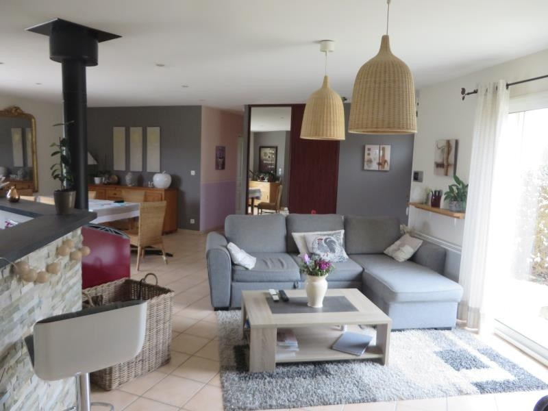 Vente maison / villa Menesplet 217 000€ - Photo 1