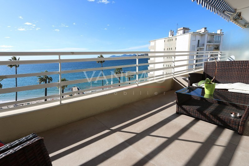 Vente de prestige appartement Juan les pins 492 900€ - Photo 1