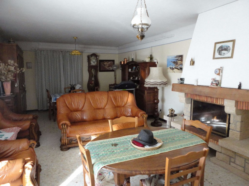 Sale house / villa Althen des paluds 395200€ - Picture 5