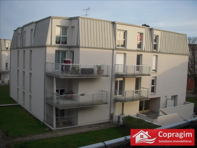 Rental apartment Montereau fault yonne 685€ CC - Picture 2