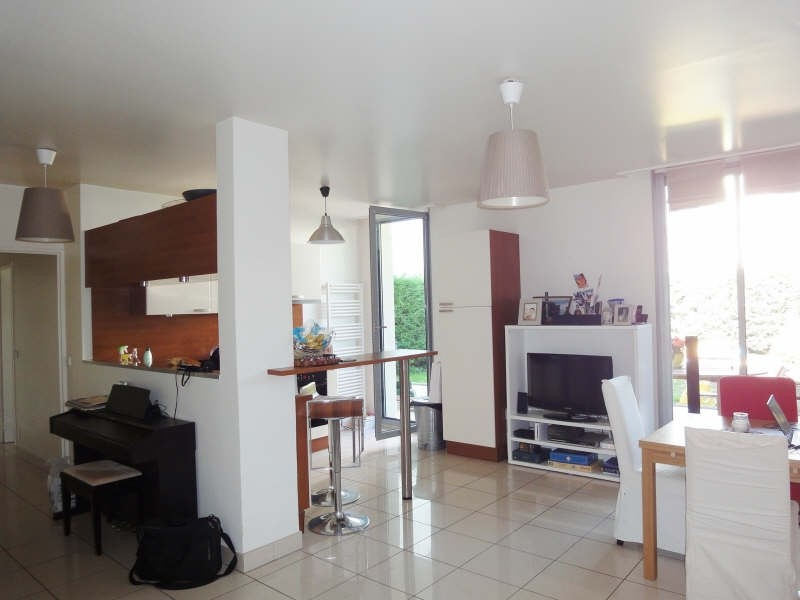 Rental apartment Maisons-laffitte 1615€ CC - Picture 2