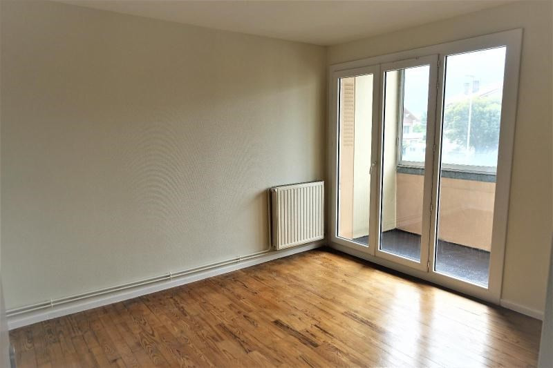 Location appartement Eybens 750€ CC - Photo 5