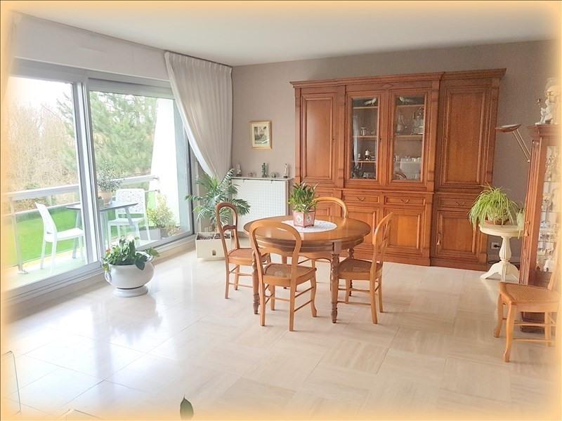 Sale apartment Le raincy 335000€ - Picture 2