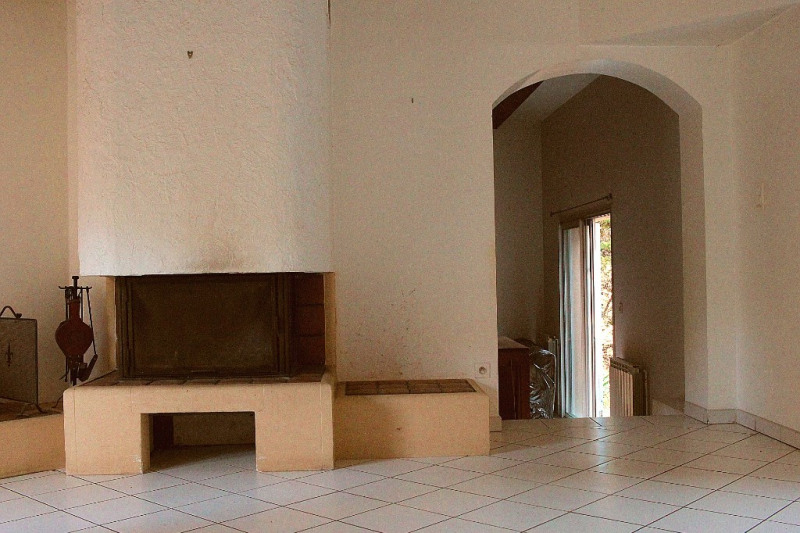 Revenda residencial de prestígio casa Rognes 633000€ - Fotografia 3