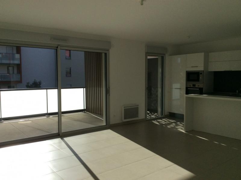 Rental apartment Fréjus 1265€ CC - Picture 3