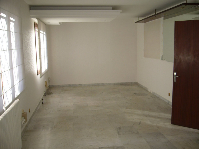 Sale empty room/storage Toulouse 196000€ - Picture 2