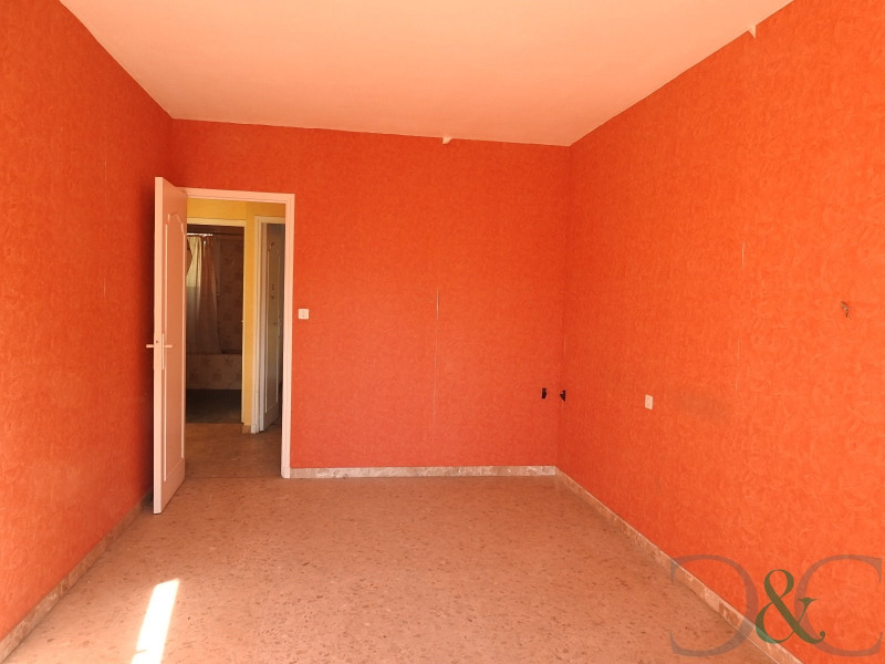 Sale empty room/storage La londe les maures 399000€ - Picture 9