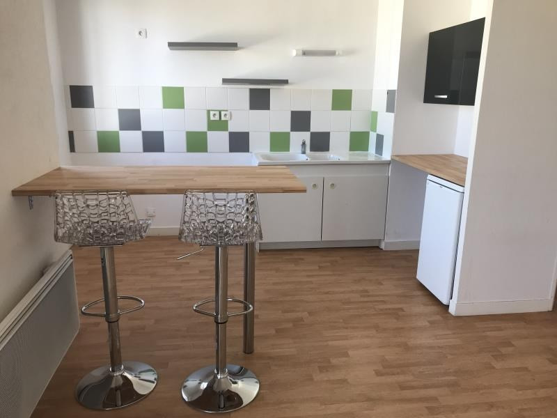 Location appartement Niort 565€ CC - Photo 1