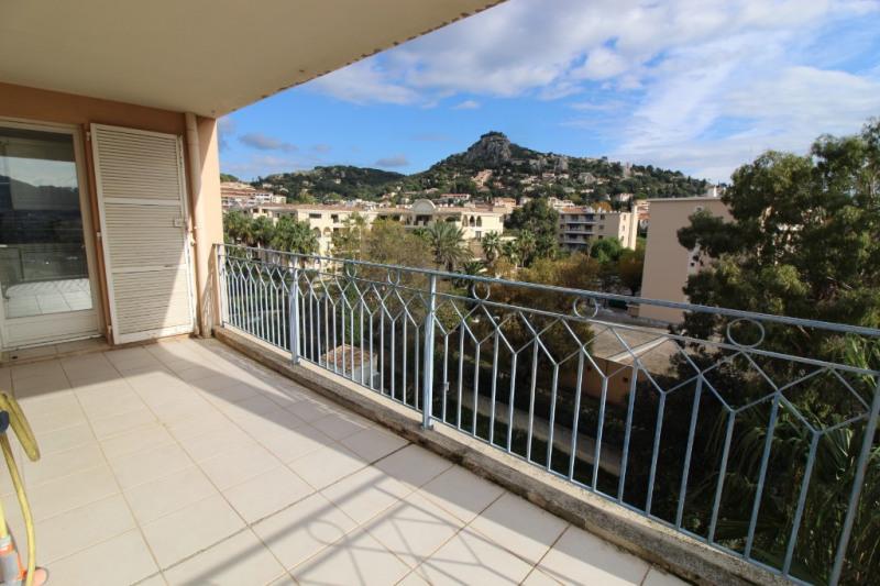 Vendita appartamento Hyeres 286000€ - Fotografia 2