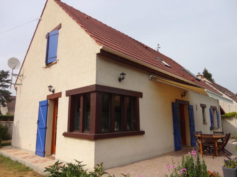 Sale house / villa Monceaux 279000€ - Picture 1