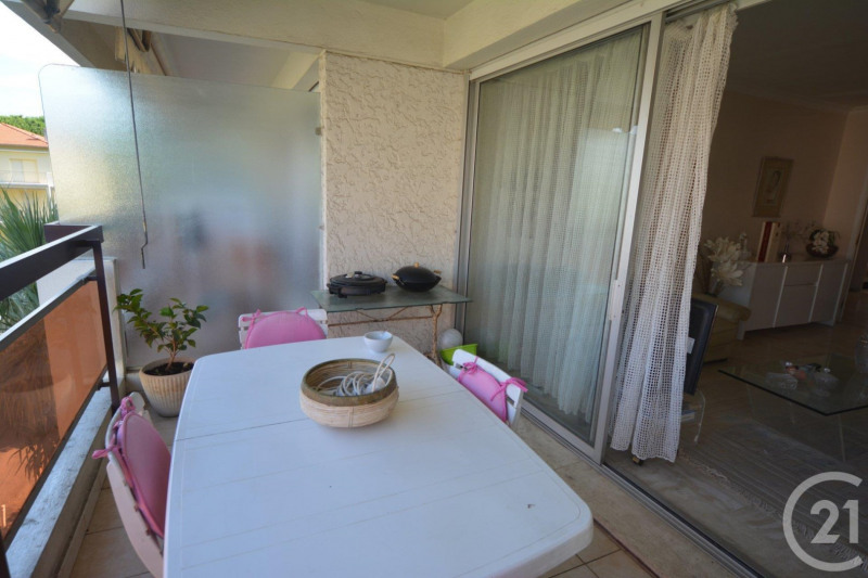 Sale apartment Juan les pins 250 000€ - Picture 8