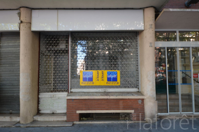 Location local commercial Toulouse 830€ CC - Photo 1