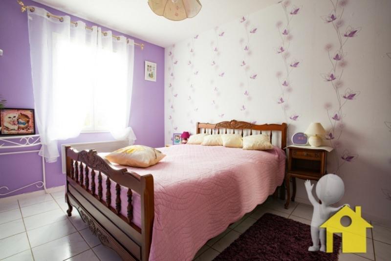 Sale house / villa Neuilly en thelle 248500€ - Picture 4