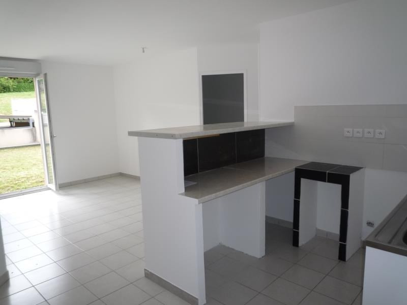 Rental apartment Pont de cheruy 520€ CC - Picture 1