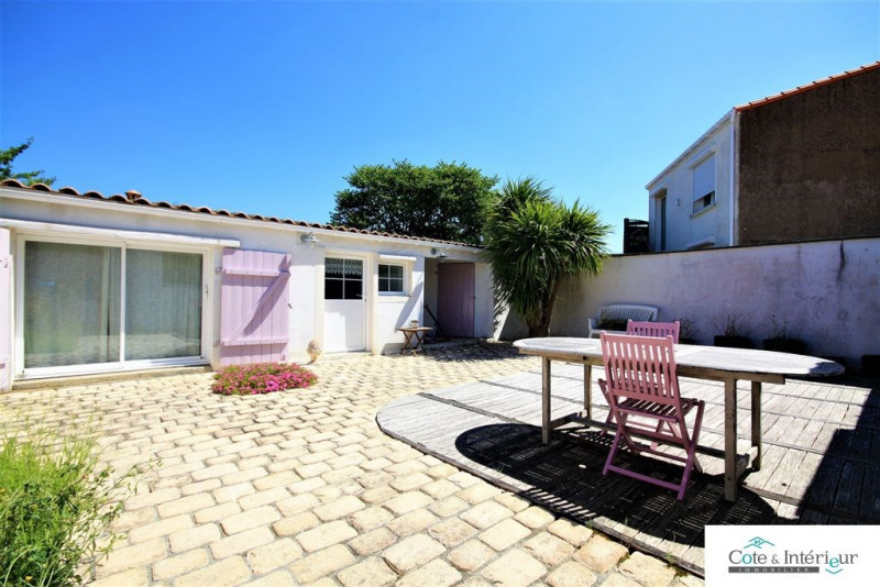 Sale house / villa Chateau d olonne 240 000€ - Picture 1