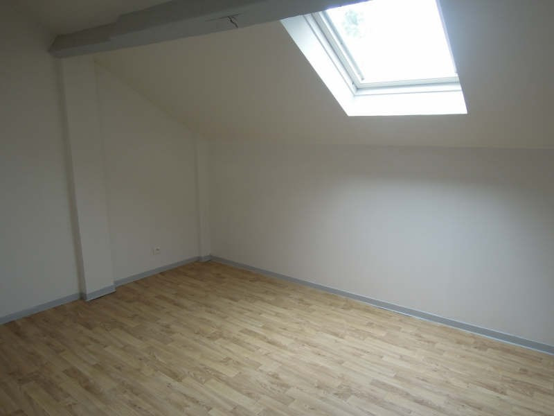 Location appartement Crepy en valois 490€ CC - Photo 2