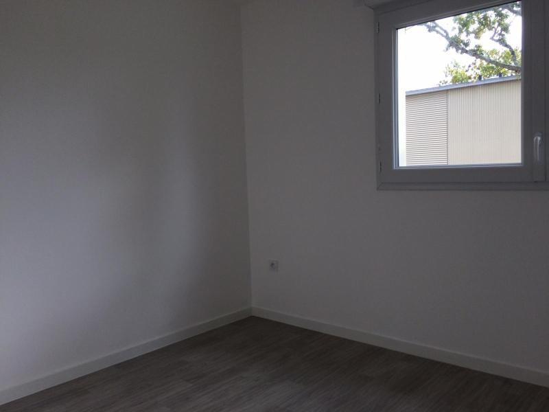 Rental apartment Saint nazaire 628€ CC - Picture 6