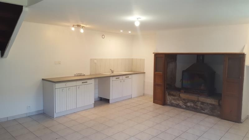 Location maison / villa Querrien 550€ CC - Photo 2