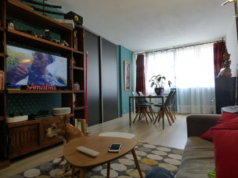 Sale apartment Colombes 273000€ - Picture 2