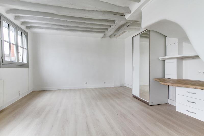 Sale apartment Paris 3ème 334000€ - Picture 7