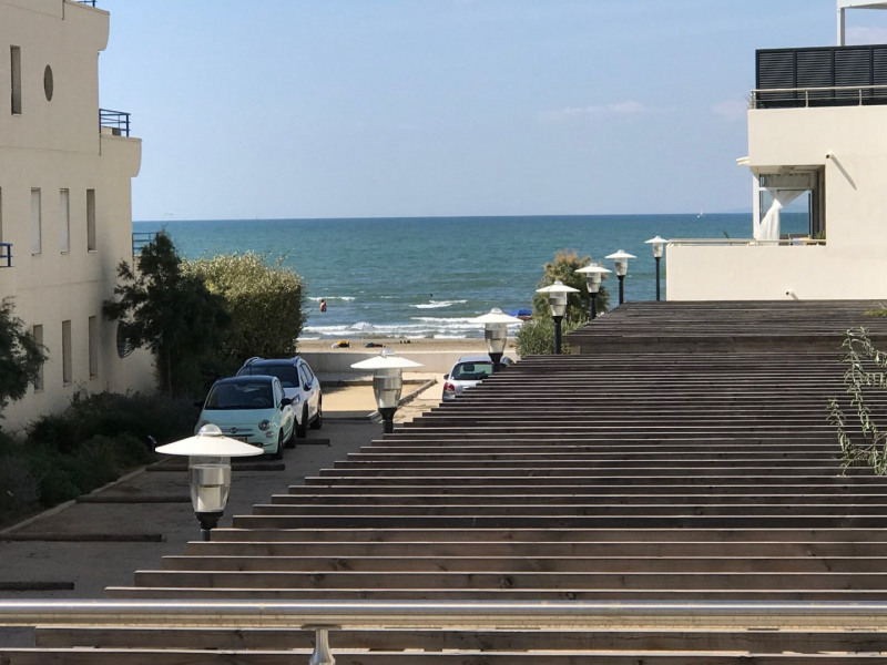 Location vacances appartement Le grau du roi 480€ - Photo 3