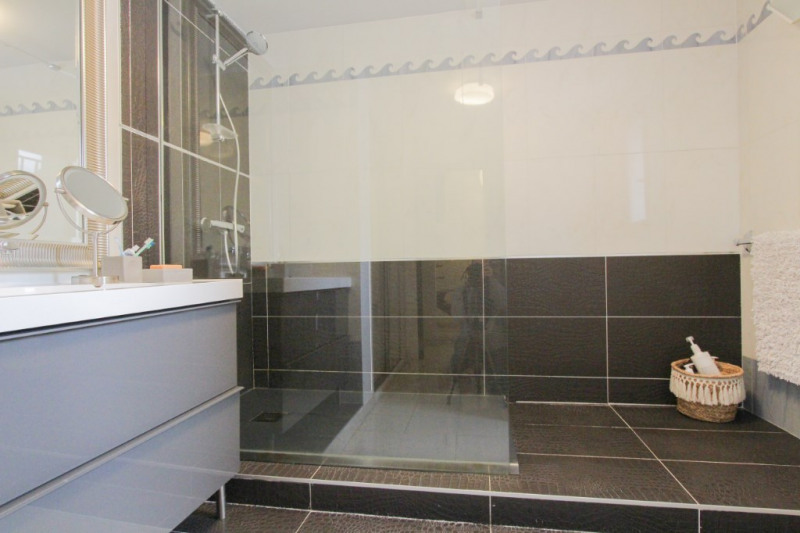 Deluxe sale house / villa Vimines 645000€ - Picture 9