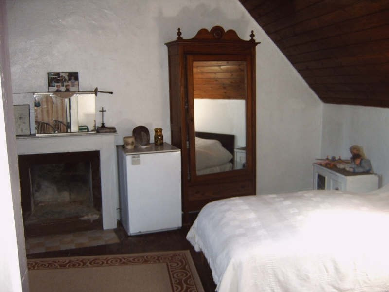 Sale house / villa Pont croix 53500€ - Picture 7