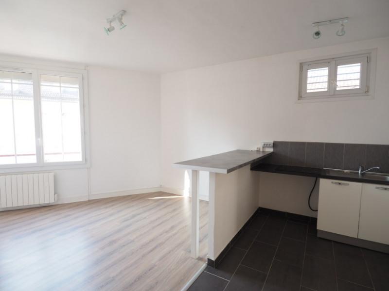 Rental apartment Melun 572€ CC - Picture 2