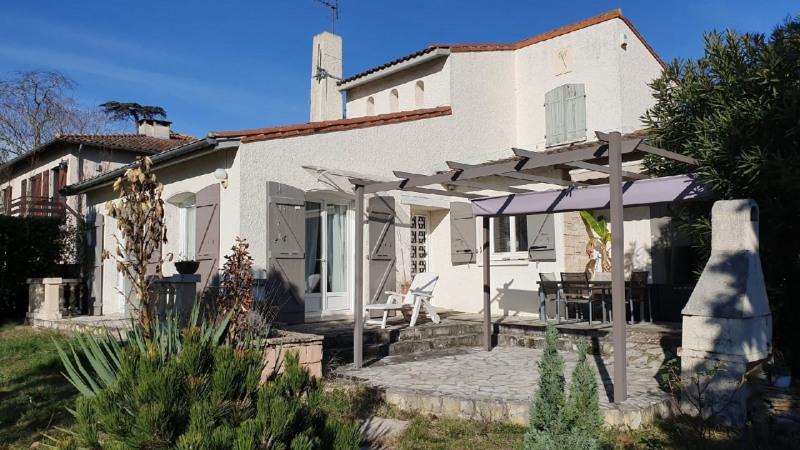 Sale house / villa Saint genies bellevue 374000€ - Picture 1