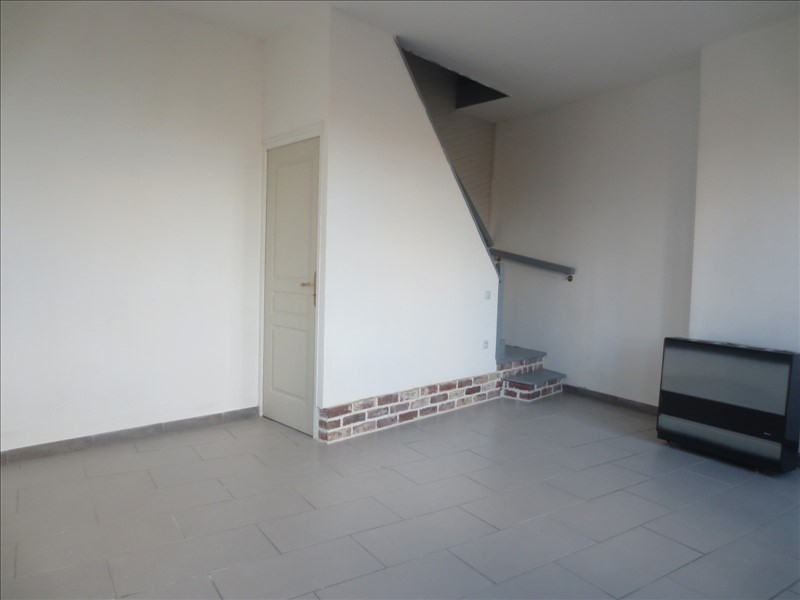 Location maison / villa Lillers 530€ CC - Photo 2