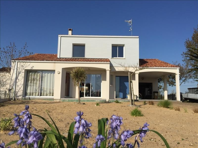Sale house / villa L aiguillon sur mer 390 000€ - Picture 1