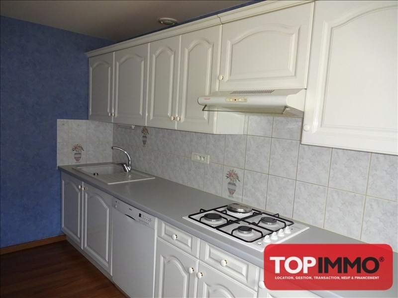Rental apartment Bruyeres 545€ CC - Picture 3