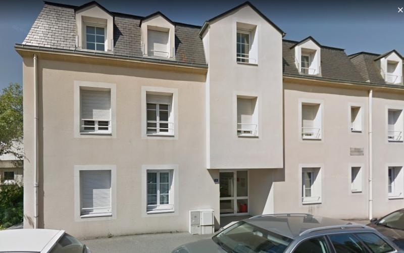 Location appartement Laval 430€ CC - Photo 1