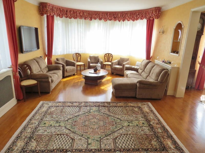 Deluxe sale house / villa Le mesnil le roi 1280000€ - Picture 4