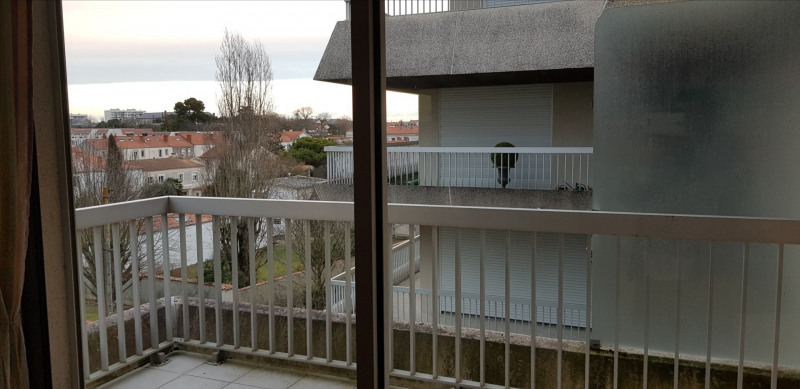 Rental apartment Rochelle (la) 635€ CC - Picture 1