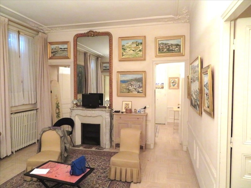 Vente appartement Paris 8ème 635 000€ - Photo 2