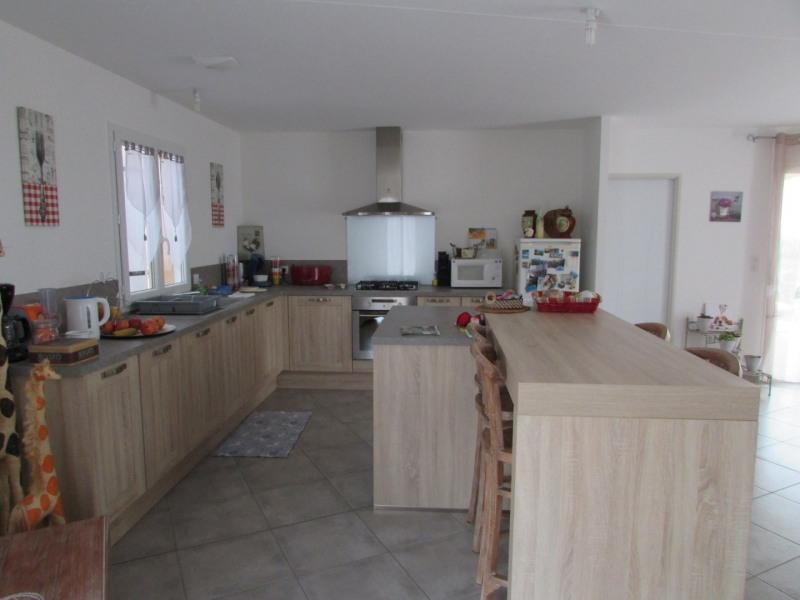 Sale house / villa Aigre 195000€ - Picture 6