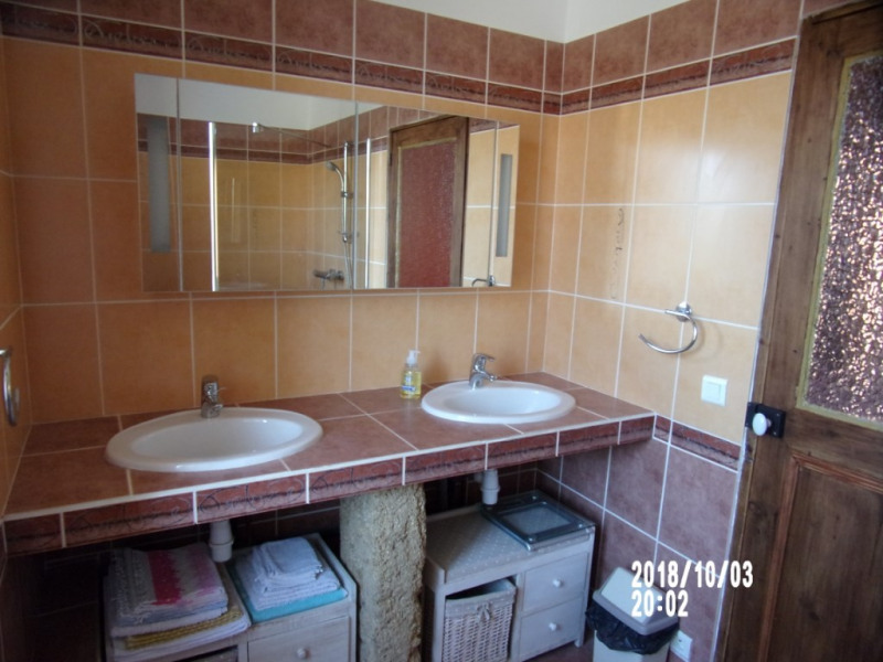 Vacation rental apartment Lambesc 438€ - Picture 17