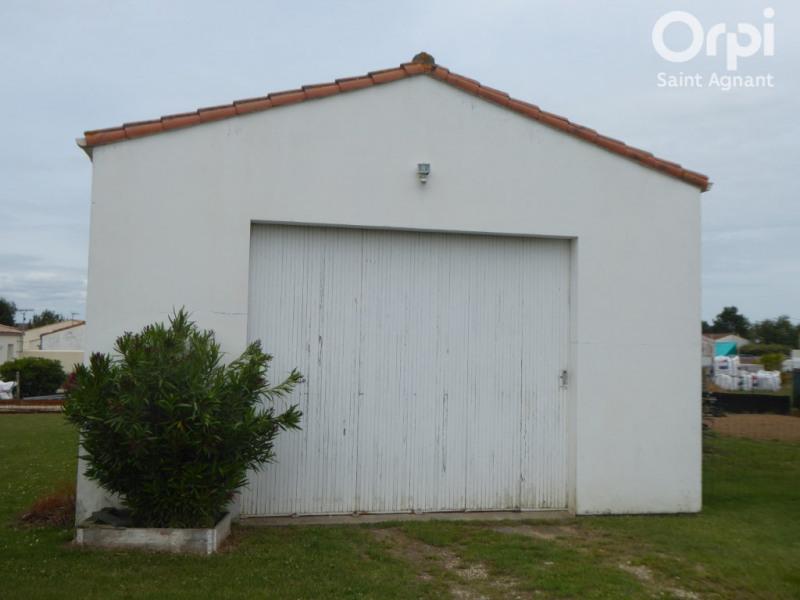 Sale parking spaces Port des barques 98500€ - Picture 1